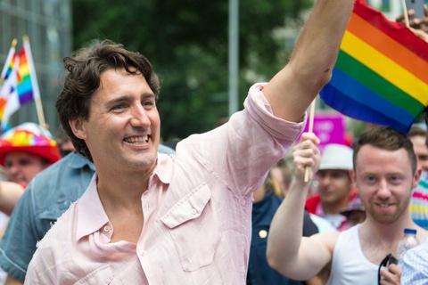 Thu tuong Trudeau se xin loi nguoi dong tinh Canada hinh anh