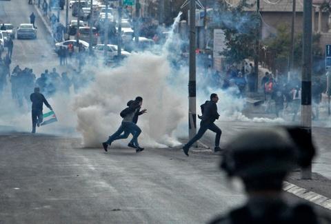 'Saudi dung sau rem voi My, da bat Palestine khoi Jerusalem' hinh anh 6