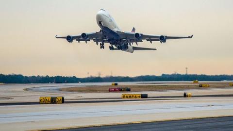 Boeing 747 ve huu o My: Tam biet 'Nu hoang cua bau troi' hinh anh 1