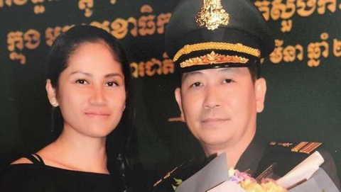 Chau re Hun Sen bi tuoc lon cap tuong vi to chuc da ga hinh anh