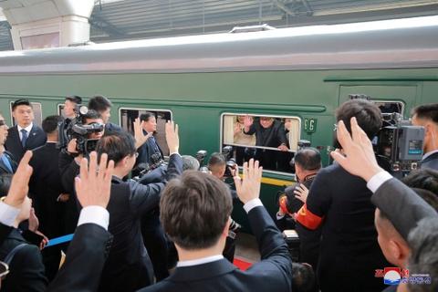 Kim Jong Un va chuyen tham bi an toi Bac Kinh hinh anh 14