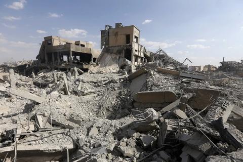 Vien nghien cuu Syria bi ten lua My 'bam' thanh dong do nat hinh anh 1