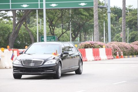 Doan xe cho ong Kim Jong Un ve khach san o Singapore hinh anh 3
