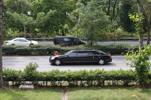 Doan xe cho ong Kim Jong Un ve khach san o Singapore hinh anh 7