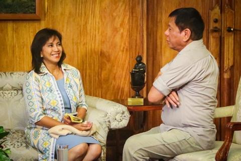 Neu Tong thong Duterte tu chuc vi benh tinh, ai se ke nhiem? hinh anh 1
