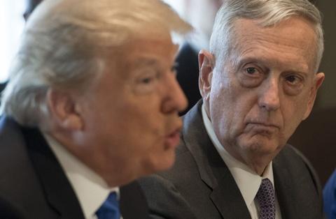 Vi tuong cuoi cung ra di, ong Trump khong con bi ai 'cam cuong'? hinh anh 3