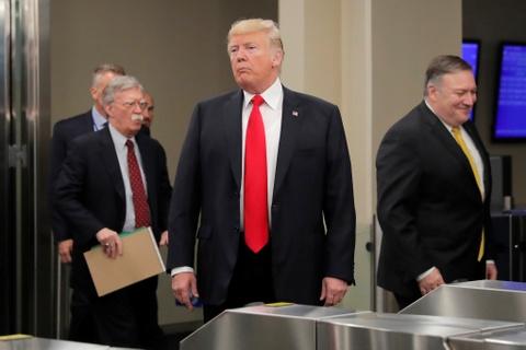 Vi tuong cuoi cung ra di, ong Trump khong con bi ai 'cam cuong'? hinh anh 2