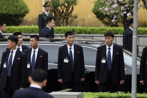 Chu tich Kim Jong Un vieng Lang Bac, dai liet si hinh anh 6