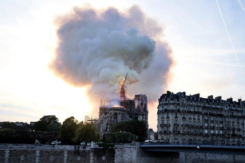 Nguoi Viet o Paris: Toi khong cam duoc nuoc mat vi tuyet vong hinh anh 1