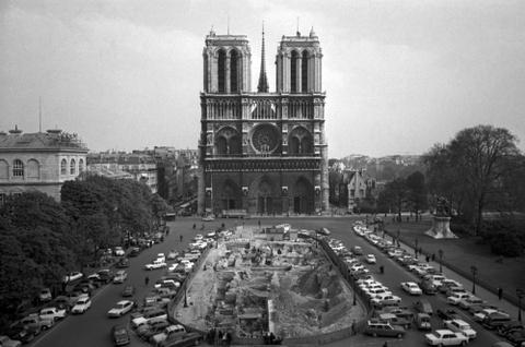 Nguoi Viet o Paris: Toi khong cam duoc nuoc mat vi tuyet vong hinh anh 3