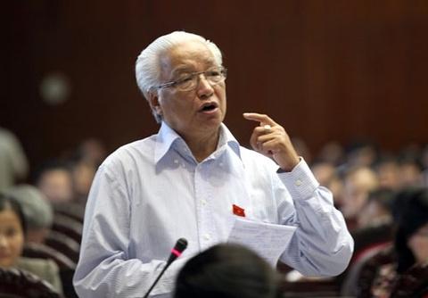 Ong Cao Sy Kiem: 'Phai giam tinh doc quyen xang dau' hinh anh