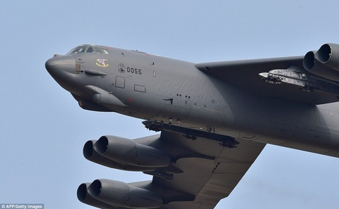 B-52 My chao lieng ap sat khong phan Trieu Tien hinh anh 3