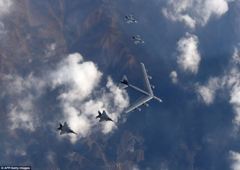 B-52 My chao lieng ap sat khong phan Trieu Tien hinh anh 6
