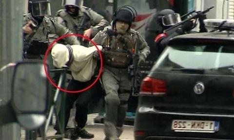 Dac nhiem Bi ban ha nghi can vu tham sat Paris hinh anh