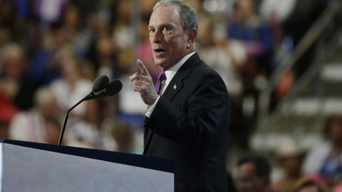Ty phu Bloomberg: chien dich lua dao cua Donald Trump hinh anh