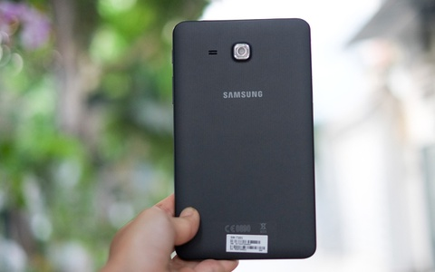 Anh Samsung Galaxy Tab A 2016 gia 4,5 trieu dong o VN hinh anh 9