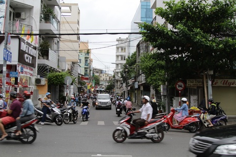 Duong pho Sai Gon truoc va sau khi Tong thong Obama ghe tham hinh anh 6