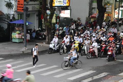 Duong pho Sai Gon truoc va sau khi Tong thong Obama ghe tham hinh anh 8