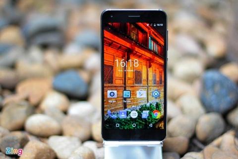 smartphone trang bi cam bien van tay hinh anh