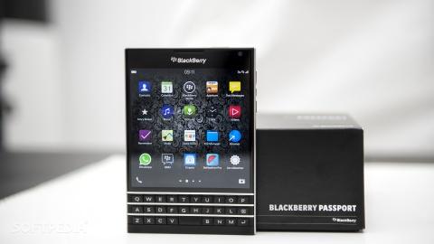 blackberry passport xach tay my hinh anh