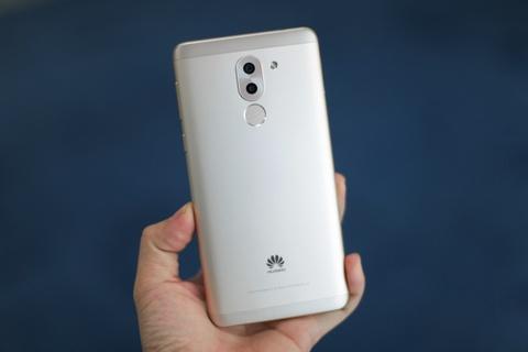 Anh Huawei GR5 2017 gia 6 trieu, camera kep moi len ke hinh anh