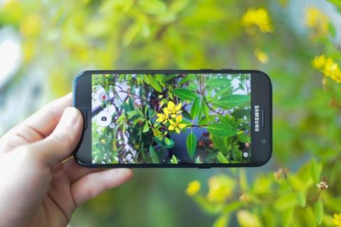 Samsung Galaxy A5 2017 thiet ke dep, camera nhieu nang cap hinh anh