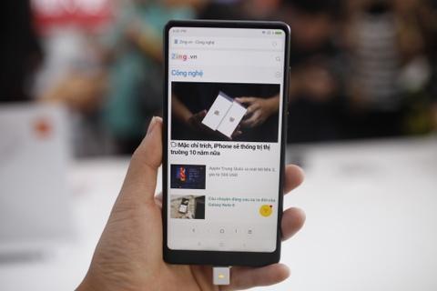 Danh gia nhanh Xiaomi Mi Mix 2 vua ra mat hinh anh
