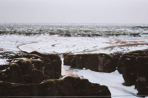 Chinh phuc Iceland: Song bang vuc tuyet va nhung ngon nui lua ngu quen hinh anh 3