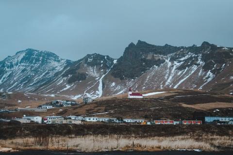 Chinh phuc Iceland: Song bang vuc tuyet va nhung ngon nui lua ngu quen hinh anh 7