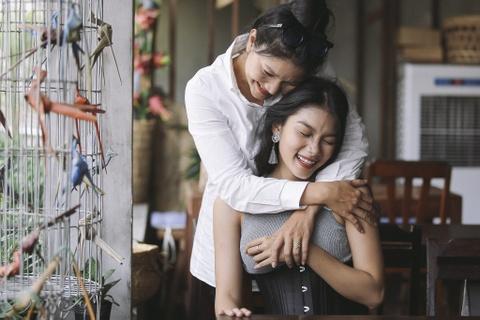 Con gai Kieu Trinh: Co gai 20 tuoi toa sang nhat o The Face Online hinh anh 4