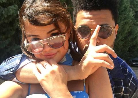 The Weeknd quan quit Selena Gomez tai Coachella 2017 hinh anh