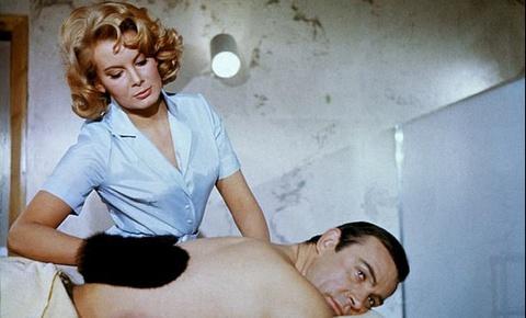 'Bond girl' cua loat phim 'Diep vien 007' qua doi hinh anh