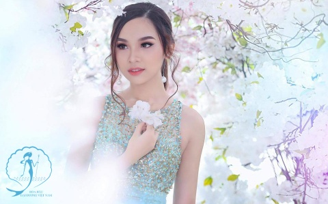Nhan sac top 10 thi sinh vong online cuoc thi Hoa hau Dai duong 2017 hinh anh
