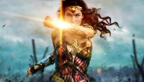 'Justice League' that bai, Warner Bros. van kiem 5 ty USD nam 2017 hinh anh