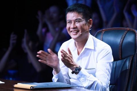 'Showbiz Viet: Lung tung va lon xon' hinh anh 1