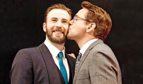 Tinh ban dac biet giua Iron Man - Captain, Thor - Loki hinh anh