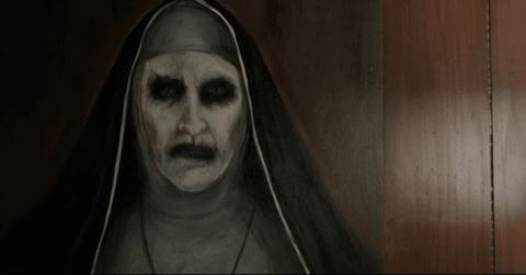 Teaser trailer 'The Nun' hinh anh
