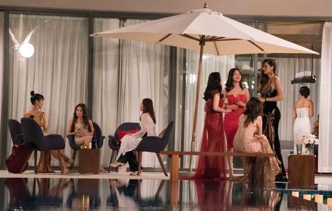The Bachelor VN tap 1: Ba co gai tu choi chang trai Viet kieu hinh anh 2