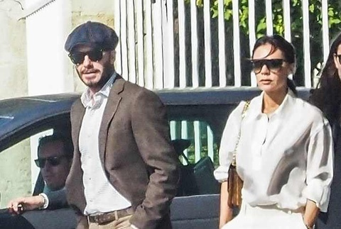 Vo chong David Beckham banh bao di choi cung hoi ban than noi tieng hinh anh