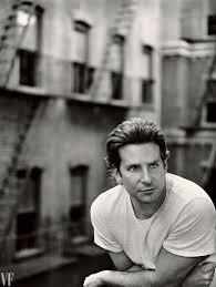 Bradley Cooper va qua khu dap dau vao be tong de cai nghien hinh anh 5