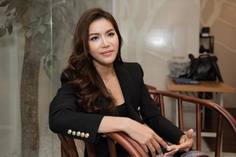 Minh Tu: 'Da la hoa hau thi phai han che khoe than, an mac goi cam' hinh anh 6