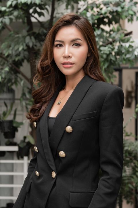 Minh Tu: 'Da la hoa hau thi phai han che khoe than, an mac goi cam' hinh anh 5
