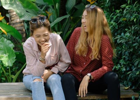 Truc Nhu va Minh Thu chia se ve chuyen tinh yeu dong tinh hinh anh