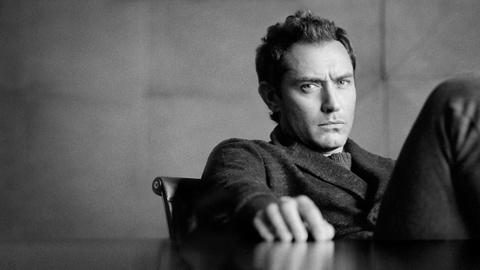 Jude Law - tài tử trăng hoa, chịu tiếng là 'kẻ phụ bạc'