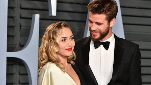 Miley Cyrus mung sinh nhat chong bang tam thu cam dong hinh anh