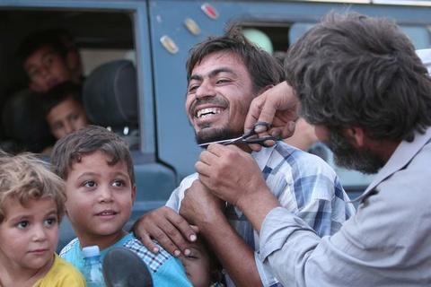 phu nu syria dot khan hinh anh