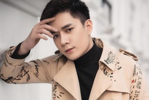 Nhat Phong - nam ca si dien trai dang thong tri BXH Vpop la ai? hinh anh
