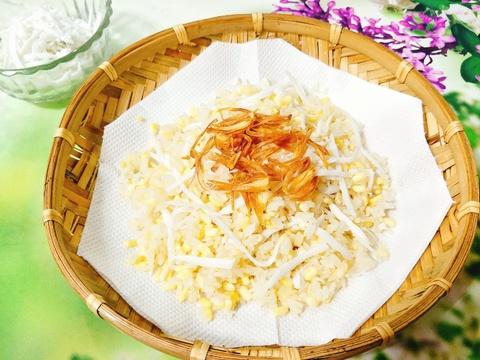 Làm xôi đậu xanh cốt dừa thơm lừng cho bữa sáng ngon miệng