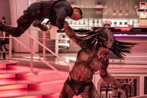 'The Predator' - su tro lai dang so cua quai thu vo hinh hinh anh