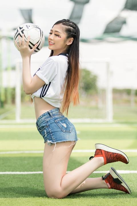 Nguoi dep Hoa hau Ban sac toan cau: 'Duc se thang Han Quoc 4-1' hinh anh 6